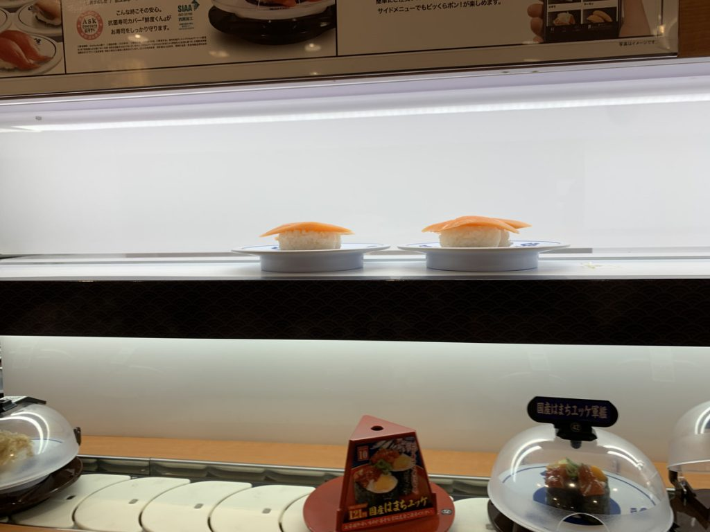 注文した寿司がダッシュで届く「くら寿司」のシステム